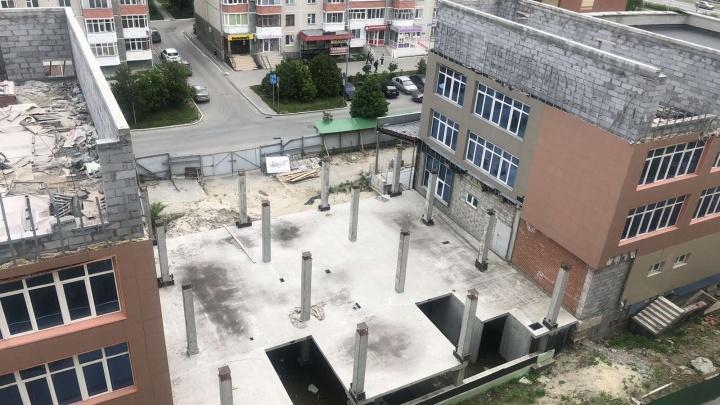 Поликлиника-долгострой: сколько вложили в здания на Пермякова и что с ними будет дальше