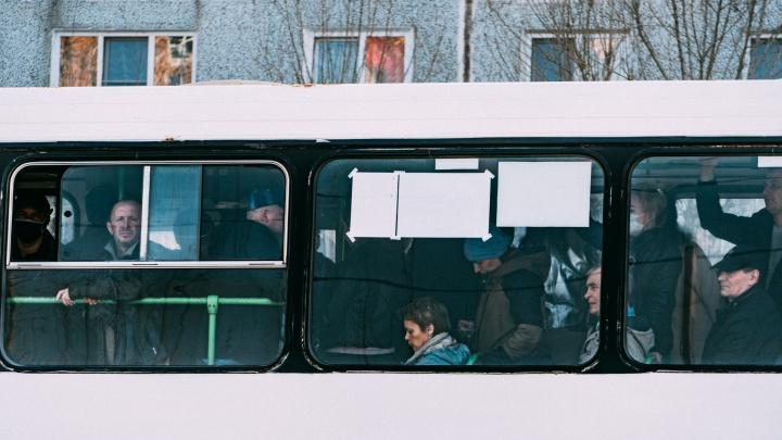 Омичам разрешили использовать апрельские безлимитные проездные после отмены режима самоизоляции