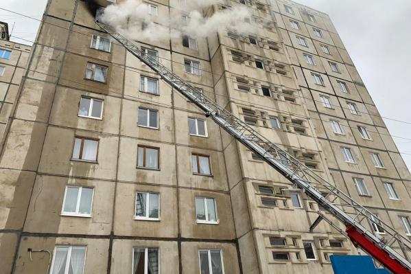 Пожар произошел на 8-м этаже