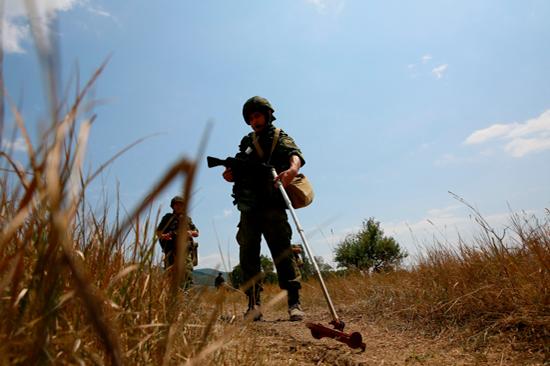 Дом в Волгодонске эвакуировали из-за артиллерийской мины в подвале