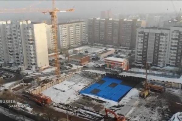 Если процесс строительства не застопорится, то новые высотки «перерастут» существующие дома