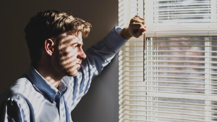 «Пора снять розовые очки»: почему самарцам не надо тянуть с закрытием бизнеса в кризис