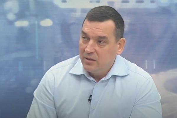 Некую историю Сергей Кузнецов пообещал рассказать на всю Россию