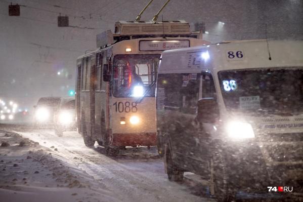 Пока с транспортной сферой в Челябинске мрак и пурга