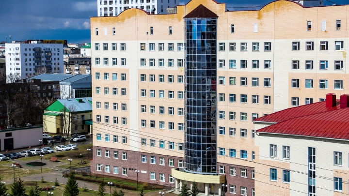 Медики РКБ Куватова, переболевшие COVID-19, сдадут плазму крови для лечения пациентов