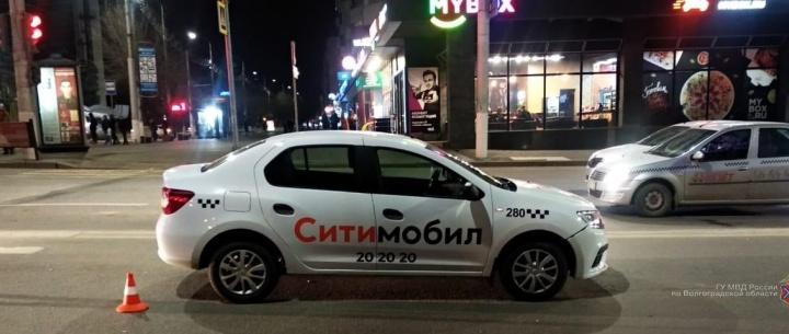 В центре Волгограда сбили подростка на велосипеде