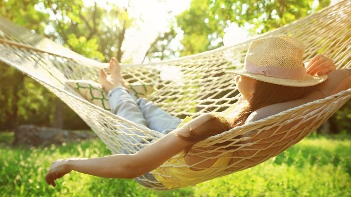 Отпуск в загородном доме: омичам предложили альтернативный способ отдохнуть в 2020-м