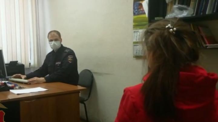 Подруги на допросе в полиции рассказали, зачем подожгли дачу под Канском