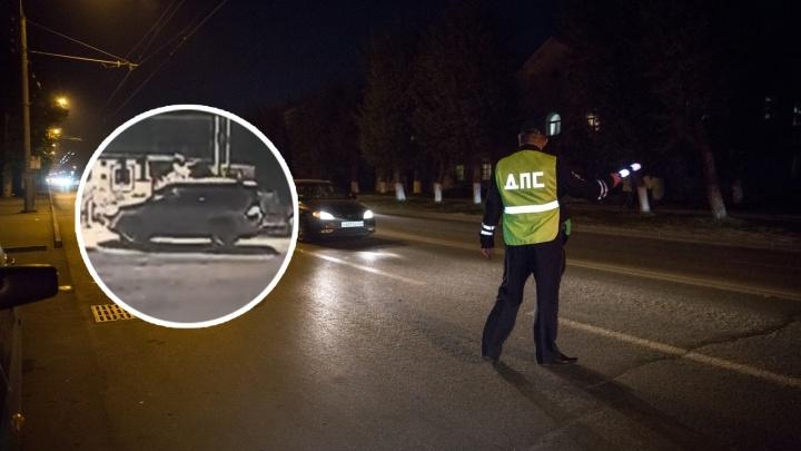 В Новосибирске задержали подозреваемого в угоне дорогих машин, выставленных на продажу