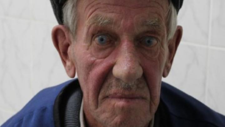 Сбежал из больницы и потерялся: в Екатеринбурге ищут мужчину, который не ориентируется в пространстве