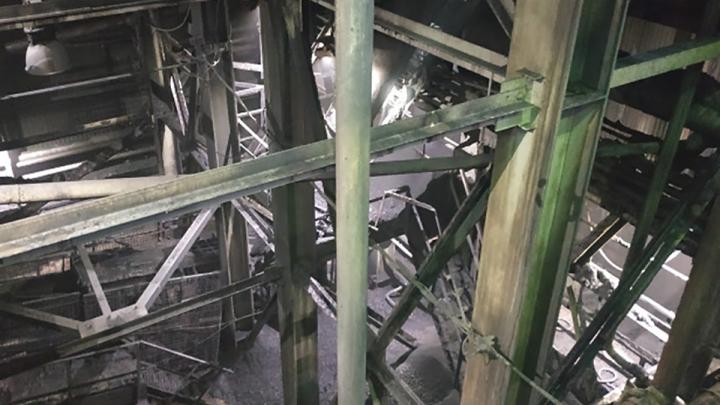 На шахте «Заречная» в Кузбассе в мае уволили 152 человека. Под угрозой сокращения ещё 1600
