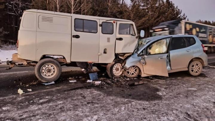 Пенсионер на «Хонде» погиб на трассе М-5, залетев под уазик