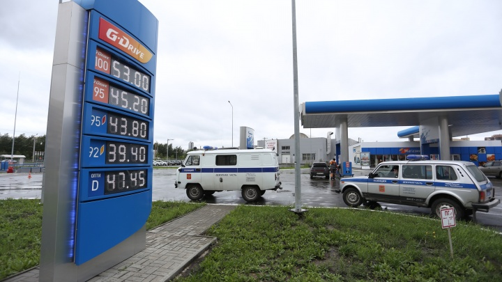 Заправку на Северо-Западе Челябинска оцепила полиция
