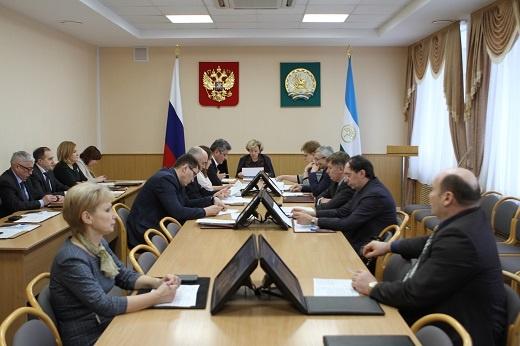 Экс-министр образования Башкирии получил депутатский мандат Андрея Иванюты