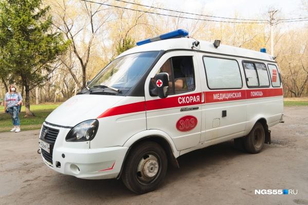 Первая смерть от коронавируса в Омской области зарегистрирована 24 апреля
