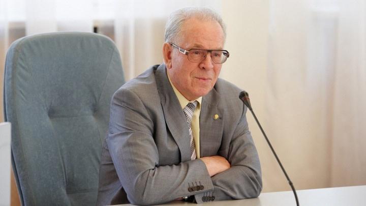 Тюменский ученый раскритиковал отказ от церемонии прощания с профессором ТюмГУ, болевшим COVID-19
