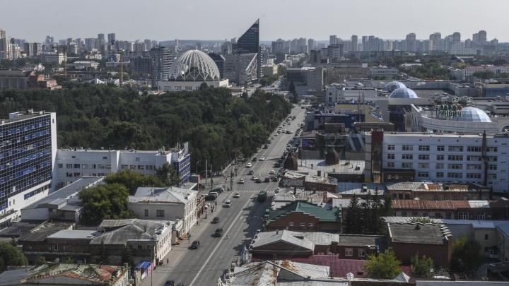 Высокинский попытается уговорить депутатов разрешить строить дома еще ближе друг к другу