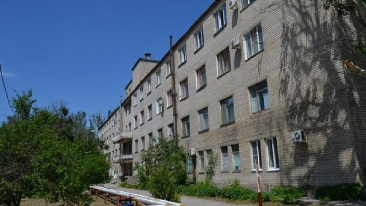 «Здесь умышленно заражают что ли?»: в волгоградском неотапливаемом пульмоцентре нашли коронавирус