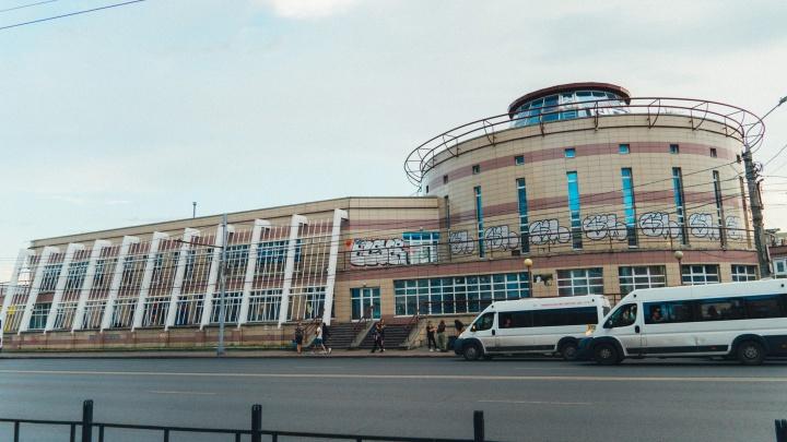 В Омске штрафуют за учебную езду в центре города: напоминаем, на каких улицах она запрещена