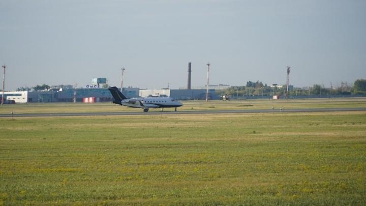 Самолёт с Алексеем Навальным вылетел из Омска в Берлин