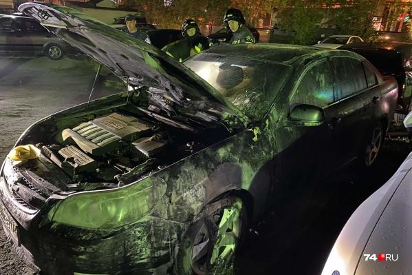 Вот что стало с автомобилем после того, как его потушили