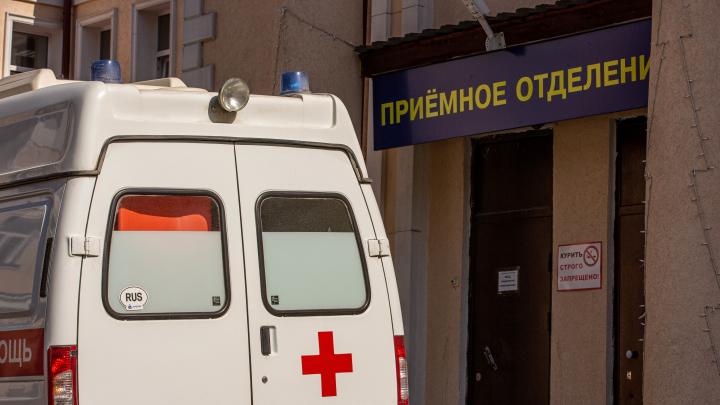 Стали известны подробности о пациенте, который умер от COVID-19 в Ростовской области