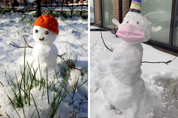 Некоторые снеговики стараются соблюдать масочный режим