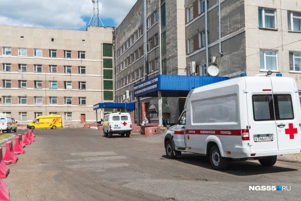 """Омские лаборатории с начала пандемии сделали <nobr class=""""_"""">303 199 тестов</nobr>"""