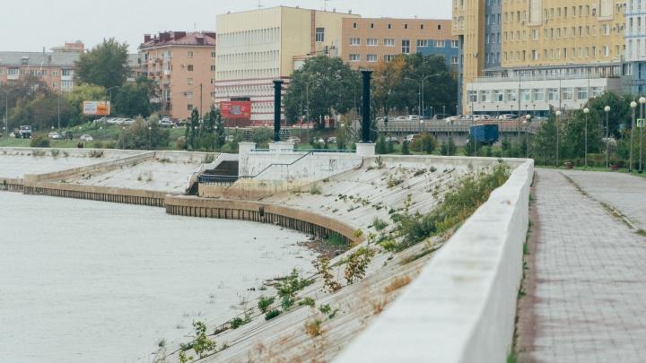 Разводной мост и фонтаны на воде: изучаем концепцию новой набережной Иртыша