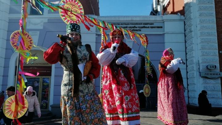 Куда сходить за блинами: где в Омске будут отмечать Масленицу