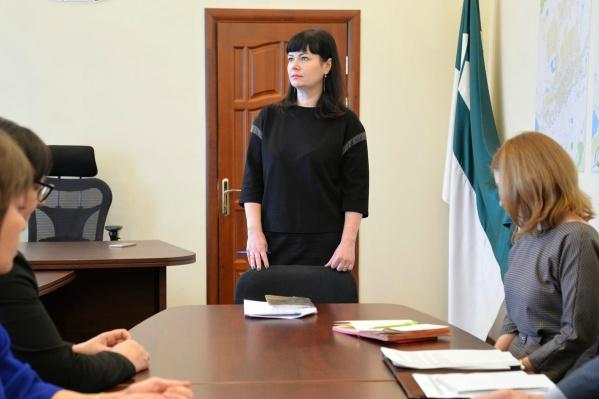 Сегодня Елену Ситникову представили коллективу
