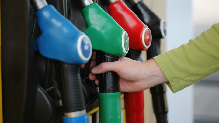 Челябинцам подарят от 10 до 30 литров бензина