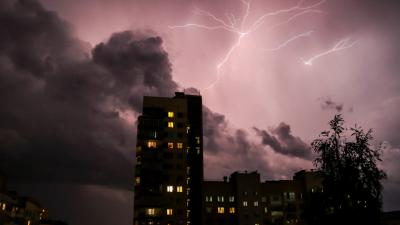 Перун разбушевался: 7 фотографий по-настоящему страшной грозы в Нижнем Новгороде