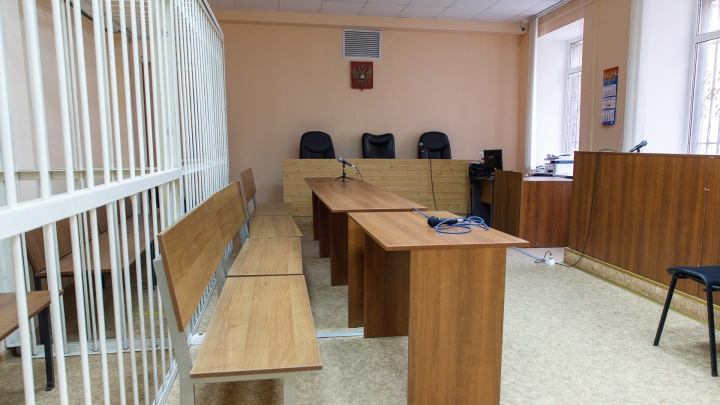 «Хотела выпустить пар»: под Волгоградом вспыльчивая женщина «заминировала» суд