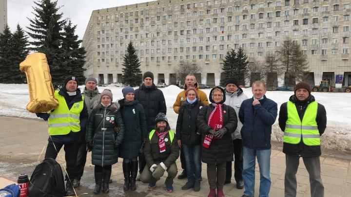 Не самоизолировались: бессрочка в Архангельске спустя год после митинга. Прямой эфир