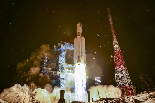 От старта ракеты до отделения орбитального блока прошло 12 минут 28 секунд