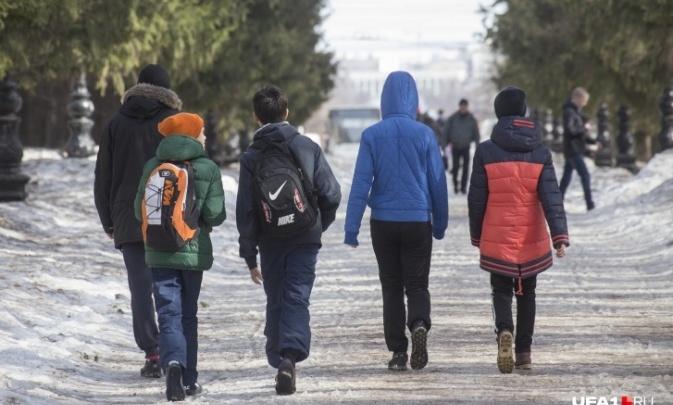 Чиновник рассказал, запретят ли школам Башкирии провести выпускные вечера из-за коронавируса