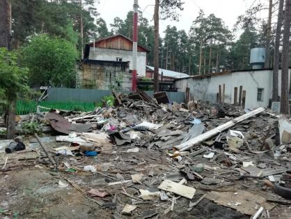 Новосибирские следователи возбудили дело после сноса дома, в котором жили две семьи с детьми