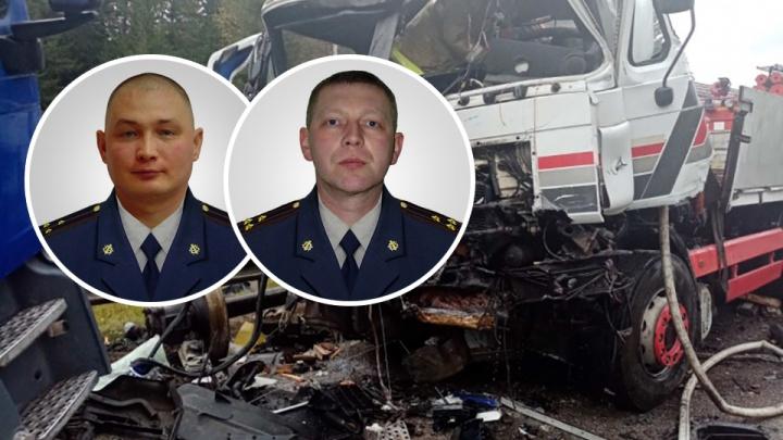 Начали тушить грузовик и вкололи обезболивающее: сотрудники ГУФСИН помогли пострадавшим в ДТП на трассе в Прикамье