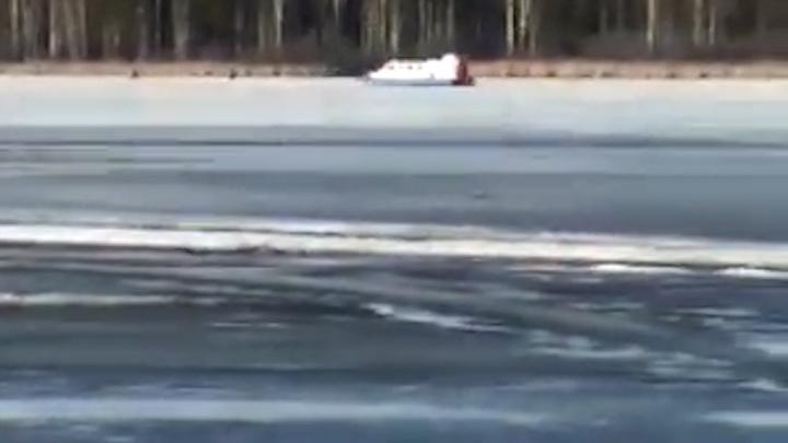 Молния убила екатеринбуржца во время рыбалки на пруду