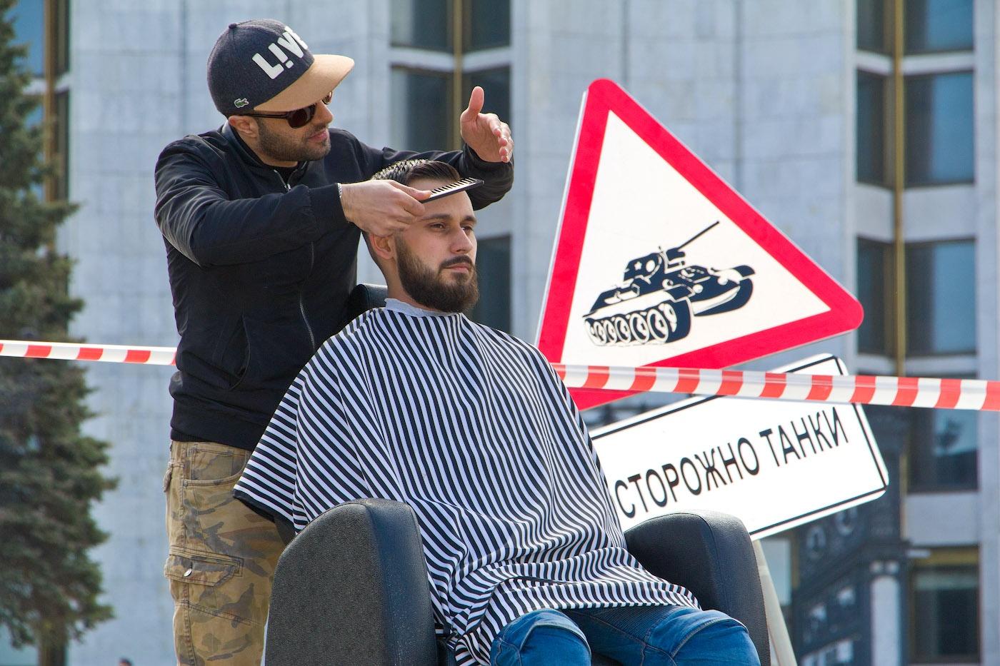В списке — в том числе парикмахеры