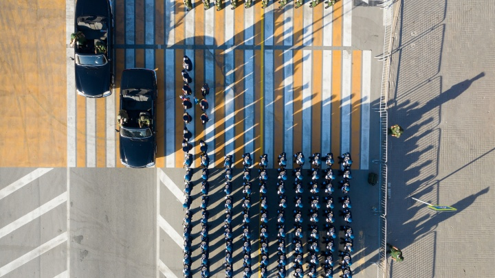 В Волгограде на репетицию «масочного» парада позвали технику: лучшие фото с земли и воздуха