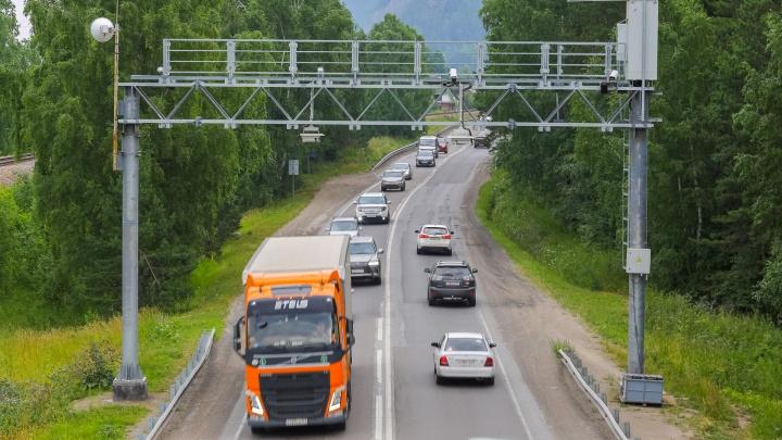 Предложено ограничить движение большегрузов по Красноярску: они становятся причиной заторов и аварий