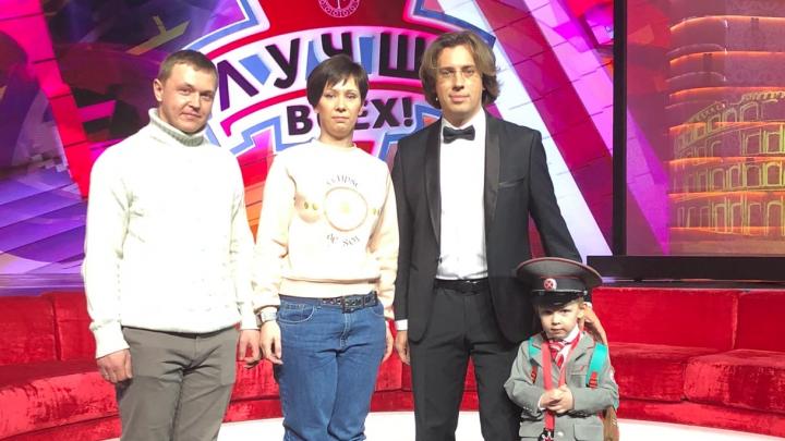 «Если честно, мы обалдели»: мама 4-летнего героя шоу «Лучше всех» рассказала, как снимают передачу