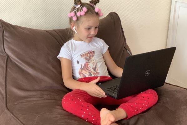 С домашним видеонаблюдением можно быть уверенным, что ребенок в безопасности