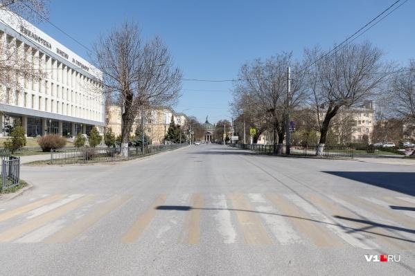 В город волгоградцам советуют не выходить без крайней нужды<br>