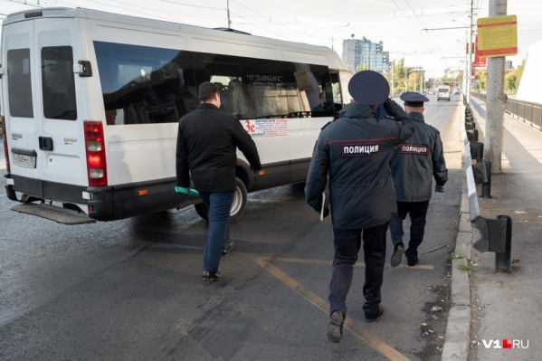 В начале октября в Волгоградской области ужесточили масочно-перчаточный режим