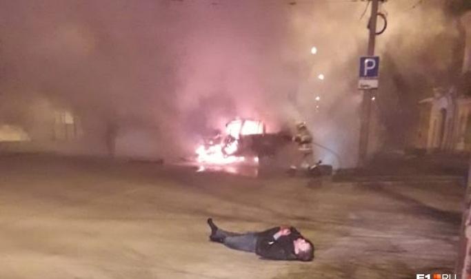 «На костылях еле ходит»: мать водителя Lexus, погубившего двух человек на Розы Люксембург, рассказала о его состоянии