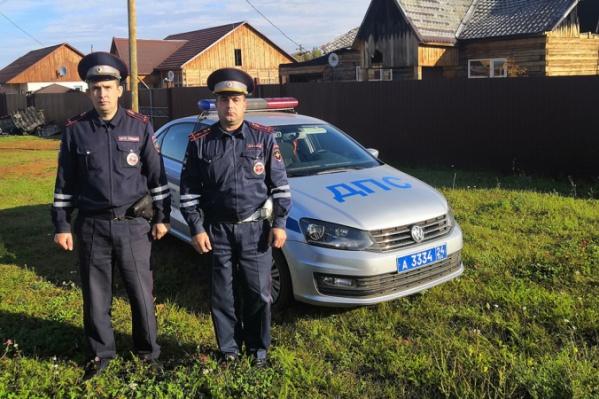 Инспекторы возвращались со смены и увидели пожар