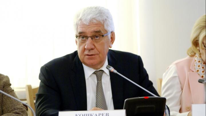 «Поговорим после планёрки»: в Волгограде депутаты облдумы ездили за рубеж во время пандемии